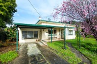 Picture of 24-25 Dry Creek Road, Donovans
