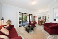 Picture of 6 Earls Court, Little Mountain