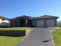 Picture of 12 Laurina Avenue, Thornton