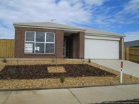 Picture of 12 Len Cook Drive, Bairnsdale