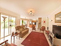 Picture of 4 Sunset Court, Craigieburn