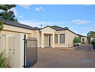 Picture of 1/54 Moules Road, Magill