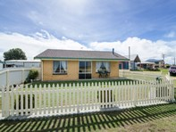 Picture of 92 Sea Parade, Port Macdonnell