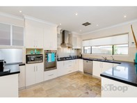 Picture of 8 Dune Court, West Lakes Shore