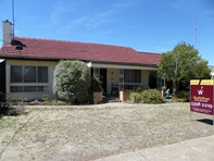 Picture of 1 Coral Avenue, Warracknabeal