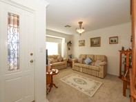 Picture of 21 Traminer Way, Pearsall
