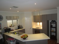 Picture of 11 Wattle Drive, Roxby Downs