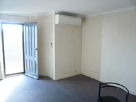 Picture of 1/12-20 Cromwell St, Adelaide