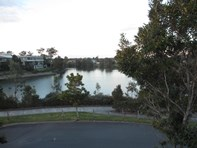 Picture of 1 Moyenne Crescent, Varsity Lakes