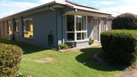 Picture of 40 Lakeside Crescent, Currimundi