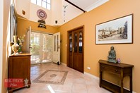 Picture of 10 Bourke View, Jane Brook