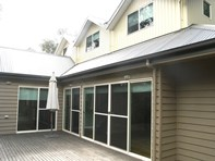 Picture of 10 Lorettas Way, Anglesea