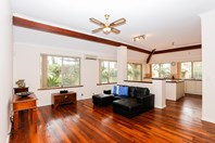 Picture of 12 Hatch Place, Bibra Lake