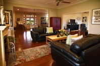 Picture of 11 Birkdale Place, Pelican Point