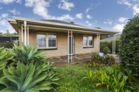 Picture of 8 Neville Avenue, Christies Beach