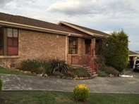 Picture of 18 Chatterton Ct, Claremont