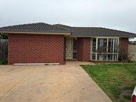 Picture of 6 Woodbury Court, Narre Warren South