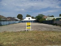 Picture of 1 & 2/15 Miller Avenue, Redcliffe