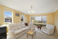 Picture of 35 Kathleen White Crescent, Killarney Vale