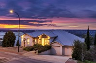 Picture of 3 Scenic Crescent, Chandlers Hill