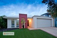 Picture of 18 Vaucluse Circuit, Belmont