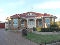 Picture of 42 Sassafras Street, Perth