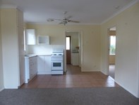 Picture of 4 15-17 Bakers Gully Road, Bright