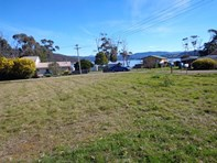 Picture of 1 Challis Crescent, Deep Bay