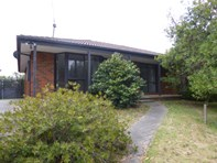 Main photo of 7 Tania Court, Carrum Downs - More Details