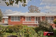 Picture of 28 Kambalda Crescent, Fisher