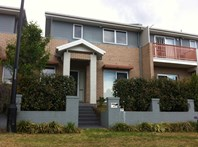 Picture of 20 Hidcote Road, Campbelltown