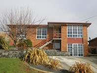 Picture of 4 Woniora Road North, Shorewell Park