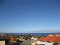 Picture of 8 Rainbow View, Ocean Reef