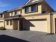 Picture of 4/207 Manning Road, Bentley