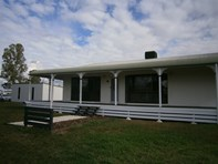Picture of 8 CURTIS STREET, Dalby