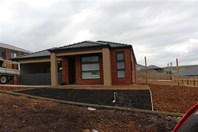 Picture of 6 Broomfield Ave, Sunbury