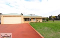Picture of 46 Lakeman Place, Oakford