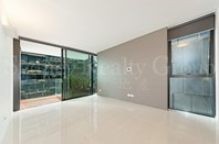 Picture of 813/3 Carlton Street, Chippendale