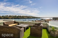 Picture of 32D Blackwall Reach Parade, Bicton