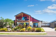 Picture of 8 Harry King Avenue, Dunsborough