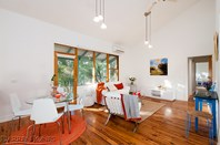 Picture of 1/816 Heidelberg-Kinglake Road, Hurstbridge