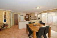 Picture of 5 Lorikeet Loop, Broadwater