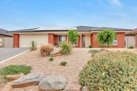 Picture of 22 Cairns Way, Seaford Rise