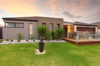 Picture of 11 Pasalich Bend, Aveley