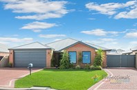 Picture of 19 Sparrow Crescent, Broadwater