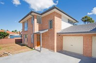 Picture of 2/82 Goobarabah Avenue, Lake Haven