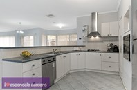 Picture of 19 Pacific Drive, Aspendale Gardens