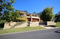 Picture of 8 Chevron Rise, Highland Park