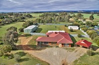 Picture of 11 Horseshoe Drive, Roseworthy