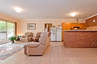 Picture of 1 & 2 104 Smith Road, Salisbury East
